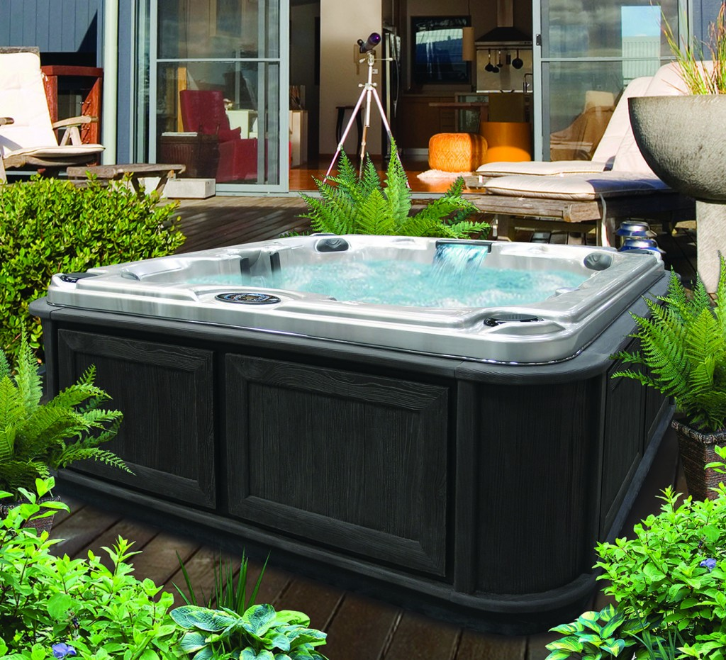Cal spas blog archives november 2012 for Small hot tubs for small spaces
